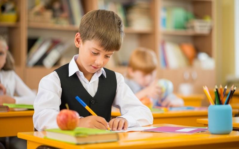 """De sistemul """"After School"""" – sau şcoală după şcoală trebuie să poată beneficia gratuit toţi copiii"""